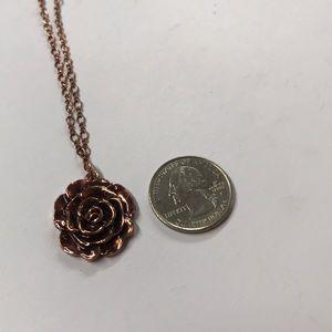 1928 Rose gold rose necklace